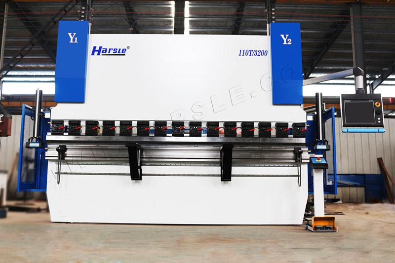 新利LB快乐彩新利18登录HARSLE WE67K-GENIUS-110T3200数控折弯机安装在美国