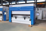 CNC Hydraulic Press Brake with DA-58T Was Installed in Russia