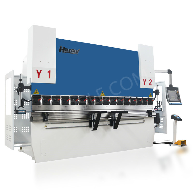 WE67K-110T/3200 hydraulic bending press with DA-66T for sale