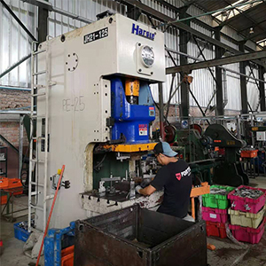 Pneumatic Punching Machine for Peruvian customer, HARSLE's feedback